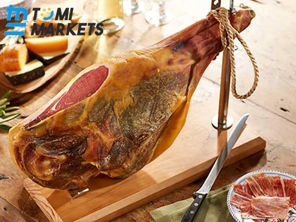 """Đùi lợn muối Jamon Serrano – đặc sản """"mốc"""" nổi tiếng của Tây Ban Nha"""